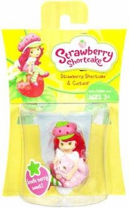 Strawberry Shortcake Hasbro Basic Figure Strawberry Shortcake with Custard