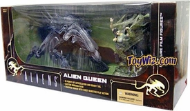 McFarlane Toys Aliens Action Figure Boxed Set Alien Queen