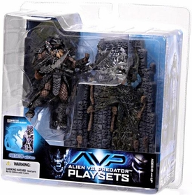 McFarlane Toys AVP Alien VS. Predator Movie Series 2 Action Figure Scar Predator with Victim