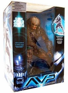 McFarlane Toys Alien VS. Predator Movie Deluxe 12 Inch Action Figure Scar Predator (Not Stealth) [Damaged Box, Figure Fine!]