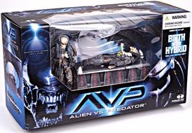 McFarlane Toys AVP Alien VS. Predator Movie Series 2 Action Figure Boxed Set Birth of the Hybrid