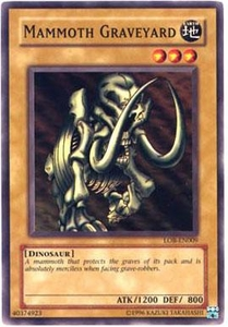 YuGiOh Legend of Blue Eyes White Dragon Single Card Common LOB-009 Mammoth Graveyard