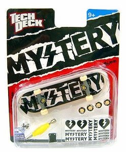 Tech Deck Single 96mm Skateboard Mystery [Black & White Ripped]