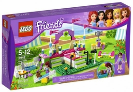 LEGO Friends Set #3942 Heartlake Dog Show