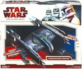 Star Wars 2009 Clone Wars Vehicle Magnaguard Fighter