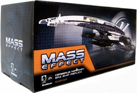 Mass Effect 3 Dark Horse Replica Ship Cerberus Normandy SR-2