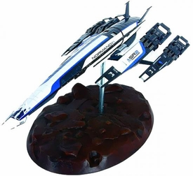 Mass Effect Limited Edition 18 Inch Ship Replica Statue SSV Normandy SR-2 Pre-Order ships April