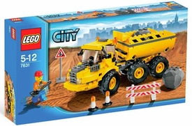 LEGO City Set #7631 Dump Truck Damaged Package, Mint Contents!