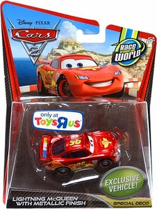 Disney / Pixar CARS 2 Movie Exclusive 1:55 Die Cast Car Lightning McQueen with Metallic Finish [Special Deco]