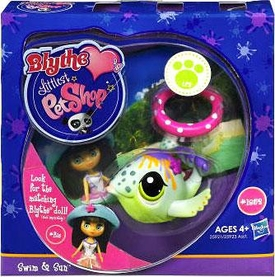 Littlest Pet Shop Blythe Loves Postcards Series 1 Figure Swim & Sun Whale