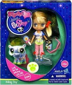 Littlest Pet Shop Blythe Loves Singles Series 1 Doll Figure Hiking Trip [Pet Not Included!]