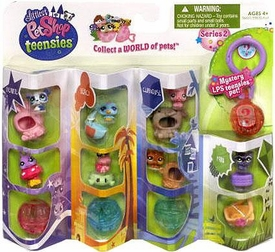 Littlest Pet Shop Teensies Figure 8-Pack Theatre, Beach, Clubhouse & Park