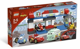 LEGO DUPLO Disney Cars Set #5829 The Pit Stop