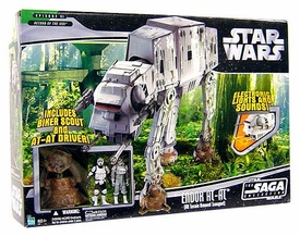 Star Wars Saga '06 Deluxe Vehicle Endor AT-AT with 2 Action Figures (Biker Scout & At-At Driver)