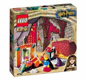 LEGO Harry Potter and the Sorcerer's Stone Set #4722 Gryffindor House