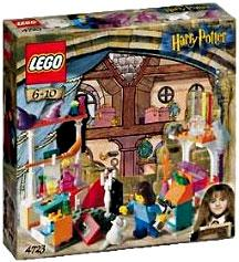 LEGO Harry Potter and the Sorcerer's Stone Set #4723 Diagon Alley Shops