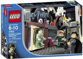 LEGO Harry Potter and the Prisoner of Azkaban Set #4752 Professor Lupin's Classroom