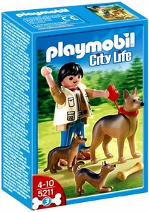 Playmobil Life In The City Set #5211 German Shepherd with Puppies
