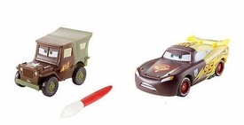 Disney / Pixar CARS 2 Movie 1:55 Exclusive Color Changers 2-Pack Sarge & Lightning McQueen