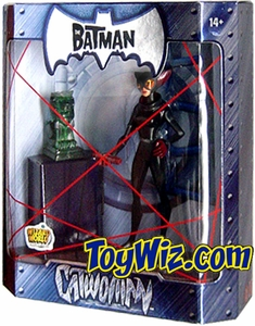 The Batman 2005 San Diego Comic Con Exclusive Action Figure Catwoman Emerald Statue Variant