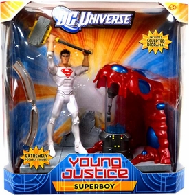Young Justice 6 Inch Deluxe Action Figure Superboy {Solar Suit} [Sculpted Diorama]