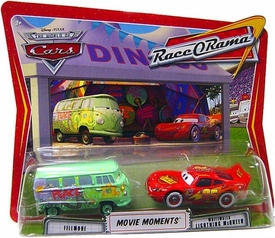 Disney / Pixar CARS Movie Moments 1:55 Die Cast Figure 2-Pack Series 4 Race-O-Rama Fillmore & Whitewalls Lightning McQueen