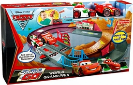 Disney / Pixar CARS 2 Movie Geotrax Shake 'N Go Playset World Grand Prix [Includes Francesco Bernoulli & Lightning McQueen]