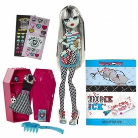 Monster High Classroom Playset Home Ick Frankie Stein [with Locker]