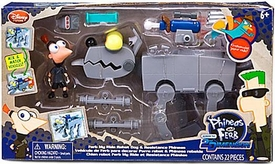 Disney Phineas & Ferb Across 2nd Dimension Exclusive Playset ''Ferb My Ride'' Robot Dog & Resistance Phineas