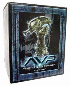 AVP Alien vs. Predator Movie Alien Chop Damaged Box, Mint Contents!