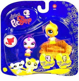 Littlest Pet Shop 2009 Assortment 'A' Series 3 Collectible Figure Birds with Nestmonkey banana