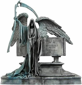 Gentle Giant Harry Potter and the Goblet of Fire 7 Inch Statue Riddle Gravestone