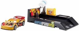 Disney / Pixar CARS 2 Movie Pit Stop Launchers with 1:55 Die Cast Car Miguel Camino