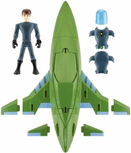 Ben 10 Ultimate Alien Vehicle Set Rustbucket III [Includes 4 Inch Ben Stealth Suit Figure]