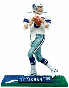 McFarlane Toys NFL Sports Picks 2006 Hall of Fame Exclusive Action Figure Troy Aikman (Dallas Cowboys)