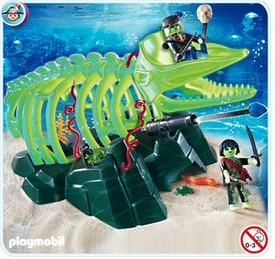 Playmobil Ghost Pirates Set #4803 Ghost Whale Skeleton