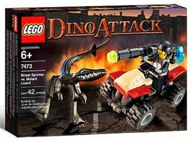LEGO Dino Attack Set #7473 Street Sprinter vs. Mutant Lizard Slightly Damaged Box, Mint Contents!
