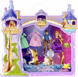 Disney Tangled Rapunzel Deluxe Story Bag Playset [Includes Rapunzel, Flynn & Maximus]