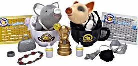 Teacup Piggies Exclusive Deluxe Playset Golden Starlet Award Set [Includes Emmy & Oscar Piggy Figureswith RANDOM Outfits!]