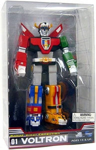 Voltron Defender of the Universe 9 Inch Vinyl Figure Voltron