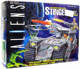 Kenner Aliens Vintage 1992 Vehicle Stinger XT-37 Slightly Damaged Box, Mint Contents!