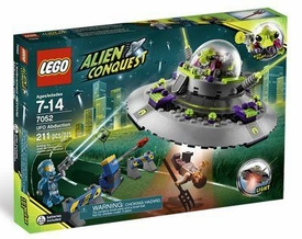 LEGO Alien Conquest Set #7052 UFO Abduction