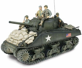 Forces of Valor 1:32 Scale D-Day Commemorative Series M4A3 Sherman with Soldiers [Normandy]