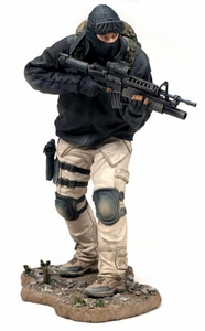 McFarlane Toys Military Soldiers Series 5 Action Figure Army Special Forces Special Operator (*Random Ethnicity)