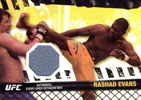 UFC Topps Ultimate Fighting Championship 2010 Championship Single Card Gold Fight Mat Relic FM-RE Rashad Evans 163/188