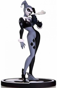 DC Collectibles Black & White Statue Harley Quinn Pre-Order ships May
