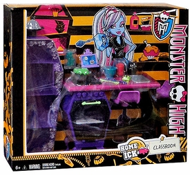 Monster High Classroom Playset Home Ick Classroom