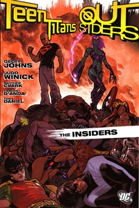 DC Comic Books Teen Titans Outsiders Insiders Trade Paperback