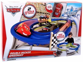 Disney / Pixar CARS Stunt Racers Playset Double Decker Speedway