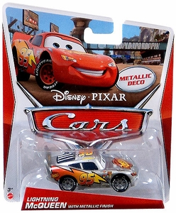Disney / Pixar CARS MAINLINE 1:55 Die Cast Car Lightning McQueen [Metallic Finish]